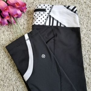 Lululemon Athletica crop leggings black size 6